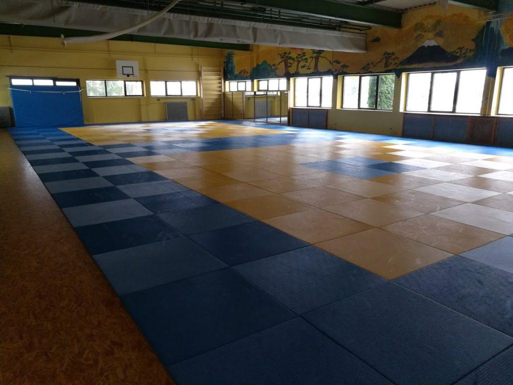 276 m² große Tatami (Mattenfläche) mit Schwingboden