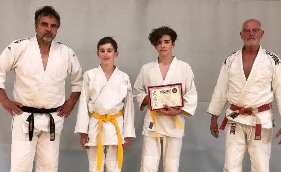 Bestellung Kyu-Materialien : DJB Info : Deutscher Judo-Bund